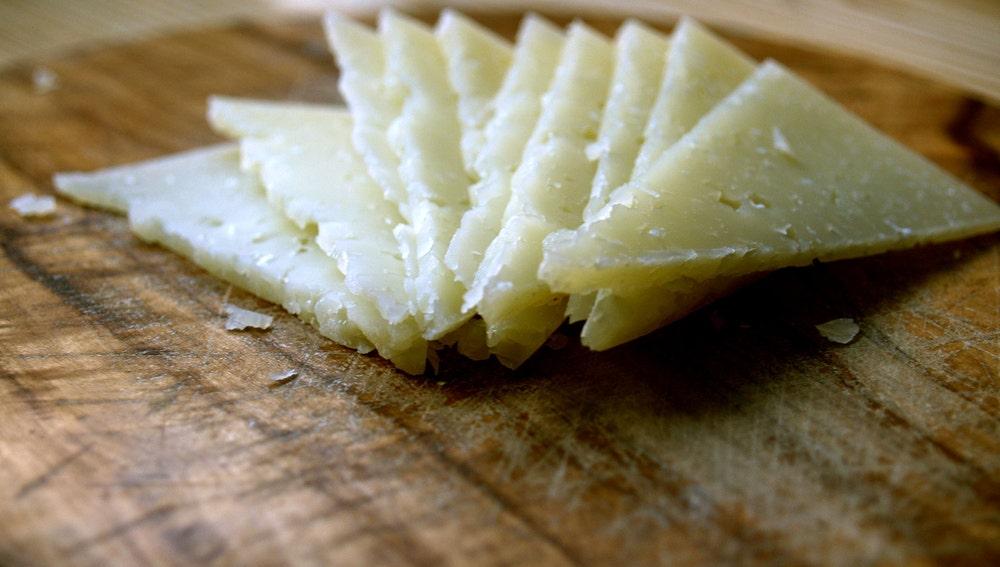 ¿De verdad cuesta tanto cortar el queso?