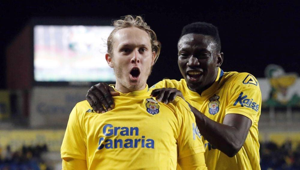 Halilovic celebra su gol con Las Palmas