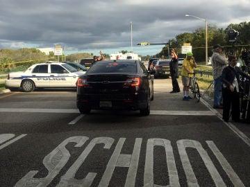 Fotografía de archivo de un tiroteo en un colegio de Florida