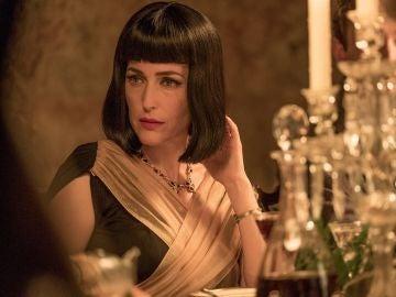 Gillian Anderson en 'La casa torcida'