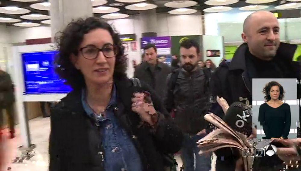 Marta Rovira a su llegada al aeropuerto de Madrid