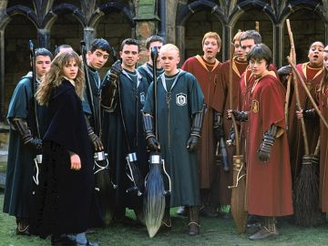 Los protagonistas de 'Harry Potter' aprendiendo Quidditch