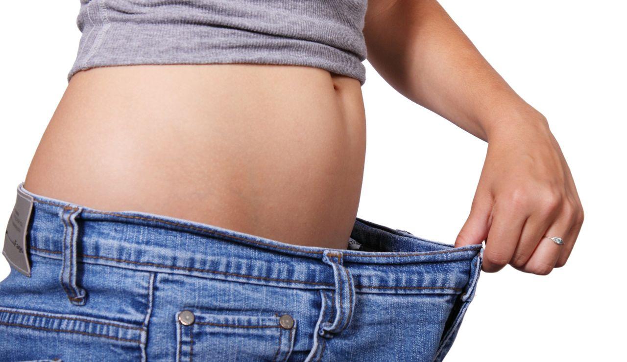 El consumo de melatonina ayuda a quemar calorias y dejar de engordar