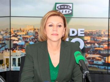 La ministra de Defensa, María Dolores de Cospedal, durante una entrevista en Onda Cero
