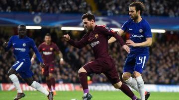 Messi, en acción ante el Chelsea en Stamford Bridge