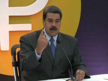 """Maduro dice que preventa de criptomoneda """"petro"""" alcanza 735 millones dólares"""