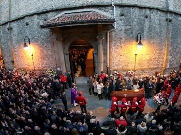 Último adiós al ertzaina fallecido en San Mamés