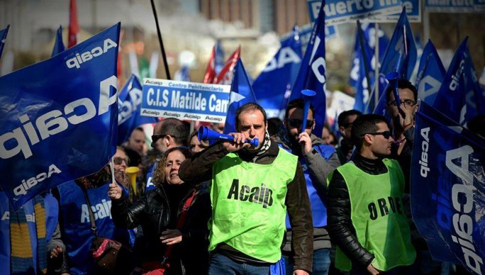 Funcionarios de prisiones se manifiestan en Madrid