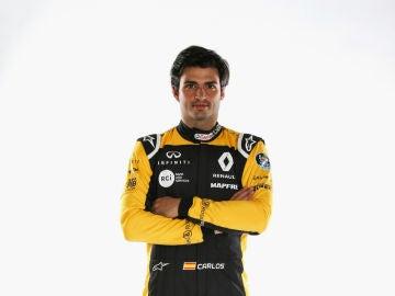 Carlos Sainz, con el mono de Renault