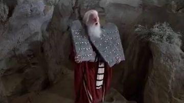 """Fotograma de la película """"Los diez mandamientos"""""""