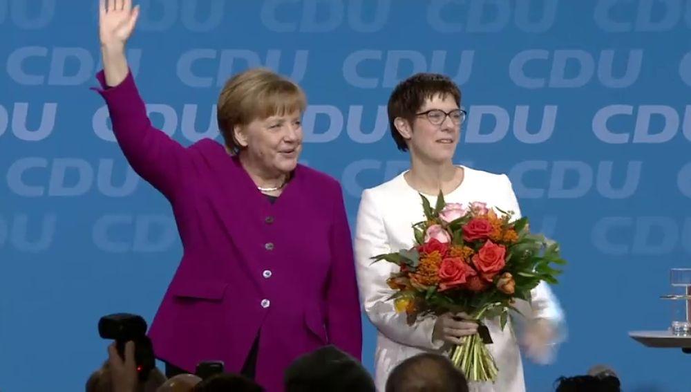 Merkel logra el apoyo de la CDU a la gran coalición