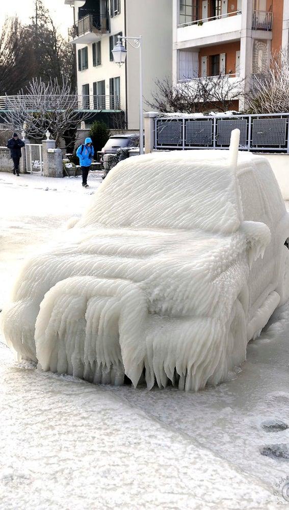 frozen-car-art-winter-frost-8-5880904432465__700.jpg