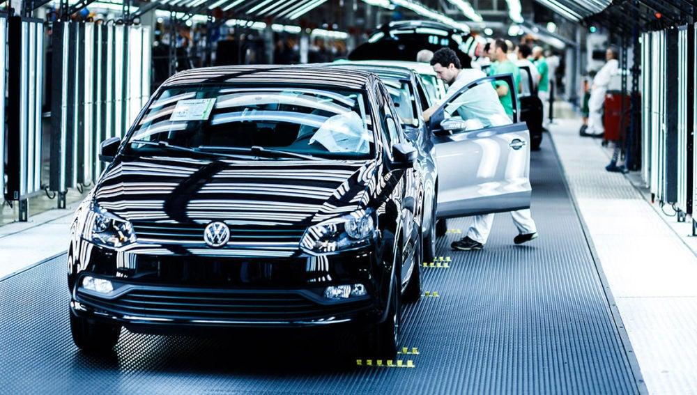 coche-mas-fabricado-espana-2016-01.jpg