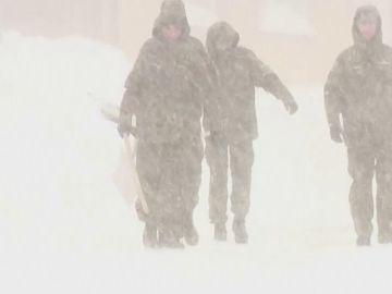 Retrasos en los ferrocarriles y colegios cerrados en Roma tras nevada