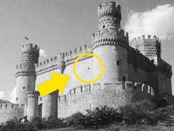 ilusion-optica-blanco-negro-castillo-color-video-banner-696x364.jpg