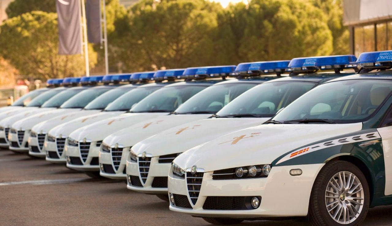 96449_coches-guardia-civil-6.jpg
