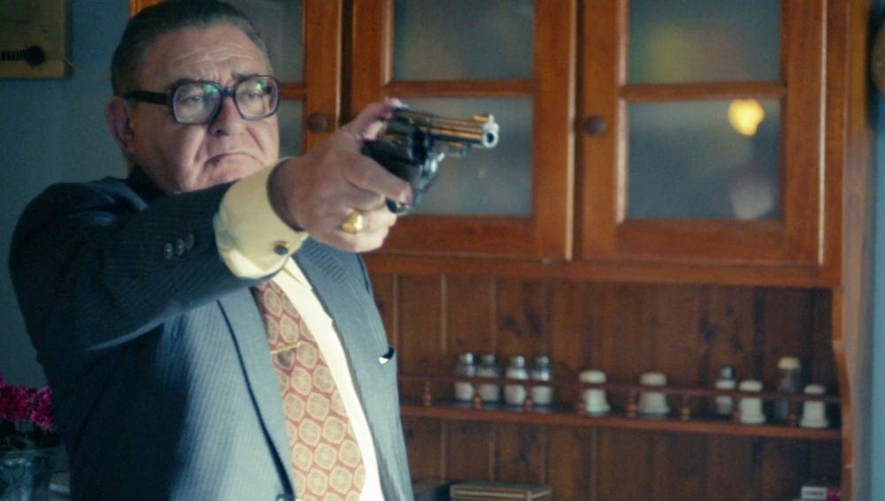 """Terito amenaza a Oubiña a punta de pistola: """"Aquí nadie se va a meter en el negocio de la droga"""""""