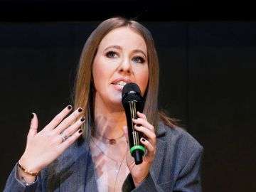 Ksenia Sobchak, ahijada de Putin