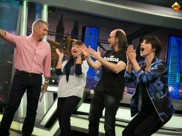 Maribel Verdú y Santiago Segura regalan un crucero a una seguidora de 'El Hormiguero 3.0'