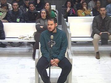 """Dos años a Pablo Hasel por enaltecer a ETA y los Grapo como """"ejemplos"""""""