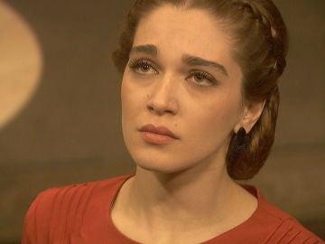 Julieta afronta su primera noche a solas junto a Prudencio