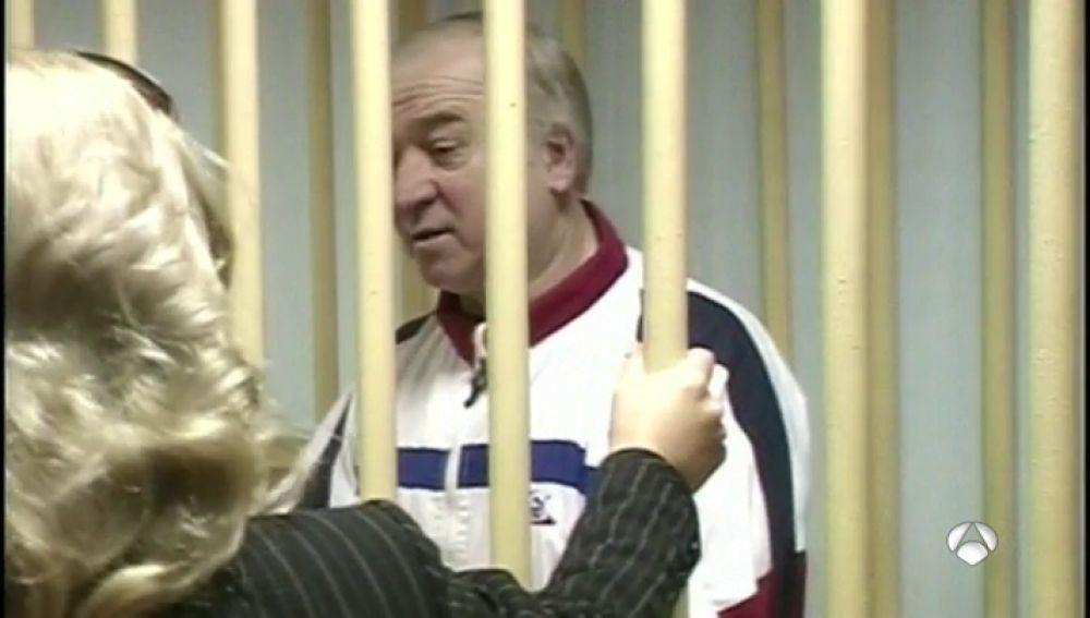 ANTENA 3 TV | Un antiguo espía ruso, hospitalizado en Reino Unido ...