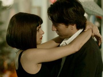 """Miguel, enamorado hasta las trancas de Carol: """"Quiero despertarme cada mañana contigo"""""""