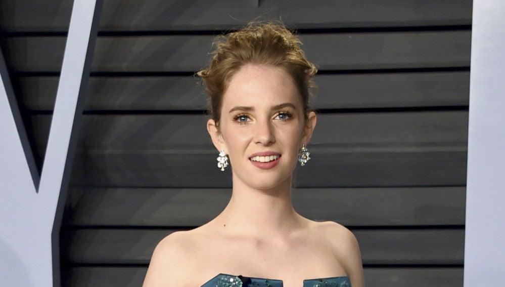 Maya Hawke en la fiesta Vanity Fair de los premios Oscar 2018