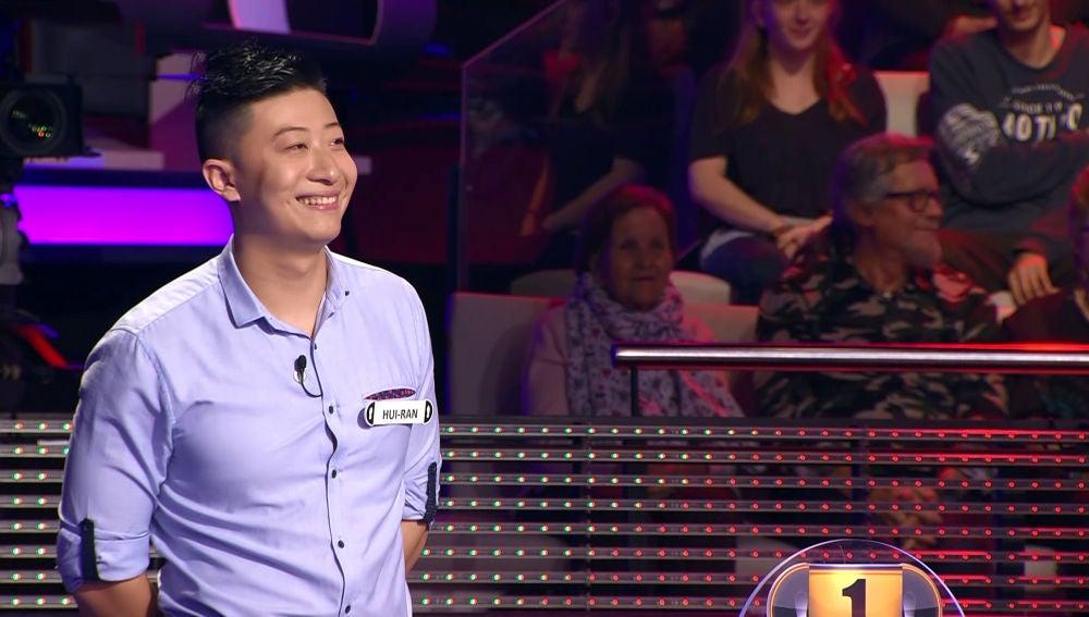 La conversación entre chino de un concursante y Arturo Valls