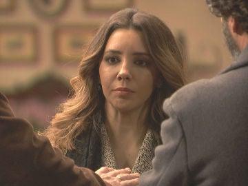 Emilia se une al último rezo de Francisca antes de su muerte