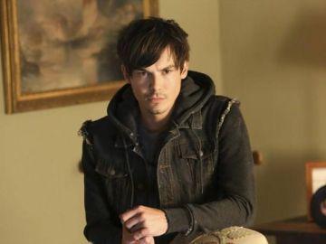 Tyler Blackburn, Caleb en 'Pretty Little Liars'