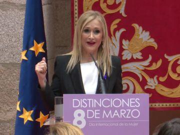 """Cifuentes dice respetar todas las posturas sobre huelga """"incluso"""" la de Rajoy"""