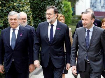 Rajoy, con el lazo morado
