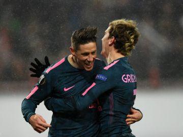 Torres y Griezmann ante el Lokomotiv