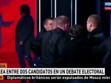 Dos candidatos a la presidencia de Rusia se enzarzan en una discusión