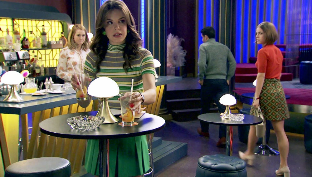 María, celosa, echa del 'King's a Ignacio y Laura