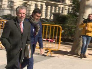 Granados aporta facturas falsas de la Consejería de Justicia que dirigía Prada para pagar la campaña de Aguirre de 2007