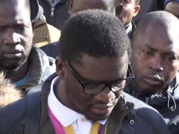 """El colectivo de senegaleses tilda de """"crimen de violencia de Estado"""" la muerte del mantero en Lavapiés"""