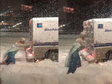 'Elsa' rescatando a la Policía de Boston