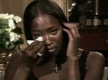 Así recordaba una destrozada Naomi Campbell a su amigo Gianni Versace tras ser asesinado