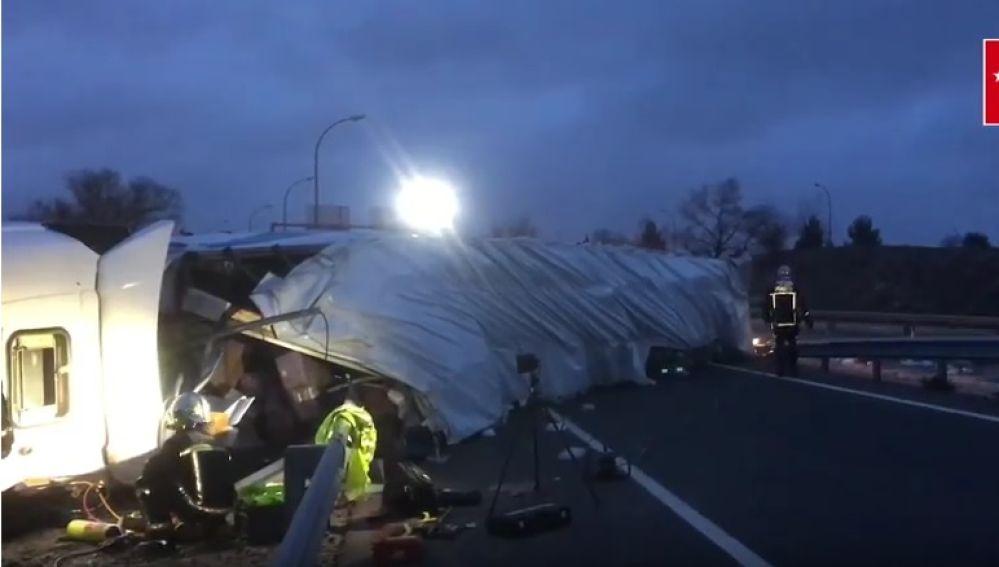 Accidente mortal de un camión en San Sebastián de los Reyes, en Madrid