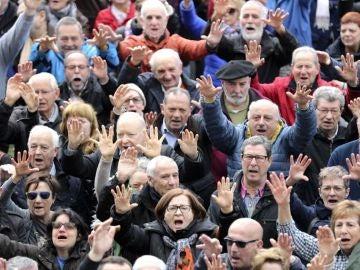 (17-03-2018) La masiva protesta en Bilbao cierra la jornada de manifestaciones por unas pensiones dignas en toda España
