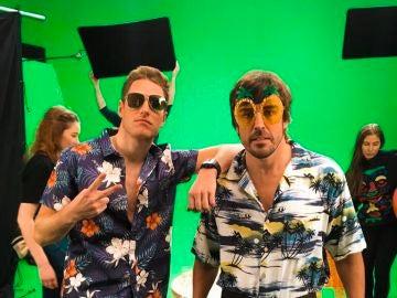 Vandoorne y Alonso, en plan hawaianos