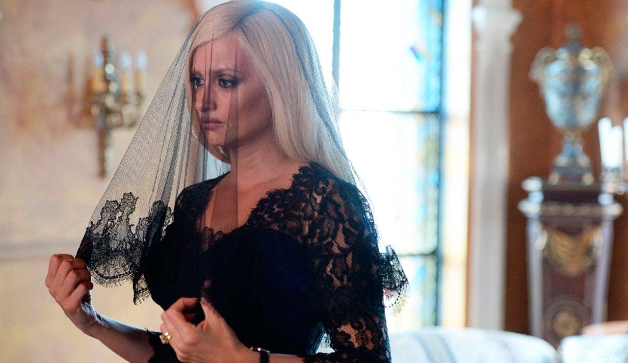 Andrew Cunanan acaba con la vida de Gianni Versace super 3