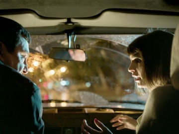 Carol se interpone en un tiroteo y salva la vida del Chatarrero