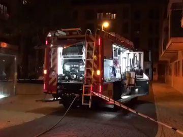 Mueren dos menores en el incendio de una vivienda en Getafe y su padre fallece atropellado por un tren