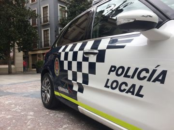 Coche de la Policía Local de Granada