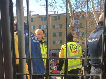 Un hombre amenaza con quemarse en una oficina de Hacienda en Madrid
