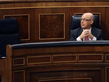 El ministro de Hacienda, Cristóbal Montoro, hoy en el Congreso.