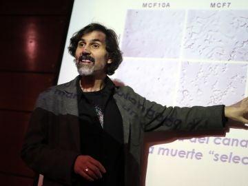 Científicos chilenos lideran una investigación pionera contra el cáncer